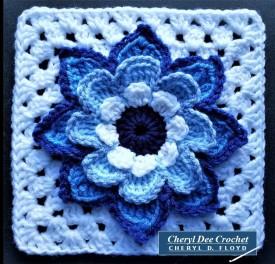 Collarette Dahlia Square 8in blue by Cheryl Dee Crochet