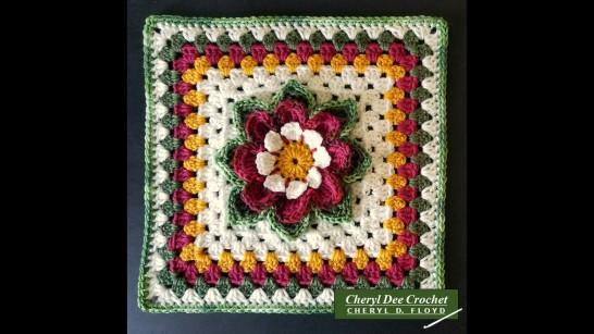 Collarette Dahlia Square straight edges by Cheryl Dee Crochet
